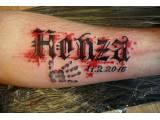 tetování písmo a nápisy